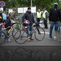 Uwe mit Bike beim Check-In